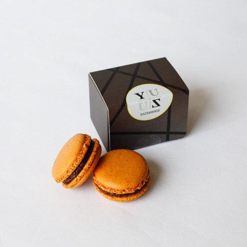 Yuzu黑巧克力榛果減糖馬卡龍-人氣暢銷款 2顆/盒