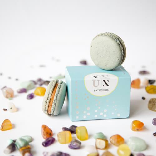 Yuzu鹹蛋黃減糖馬卡龍-季節限定款 2顆/盒
